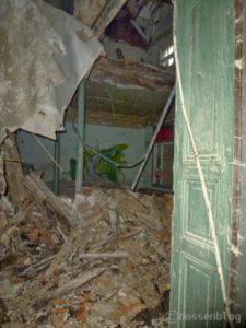 Bahanhof Nossen, eingestürzter Innenraum Gaststätte